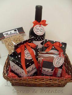 Kit personalizado para Dia dos Pais. Cesta com vinho, amendoim, chocolates e guloseimas. Petit POA - Eventos & Lembrancinhas Personalizadas