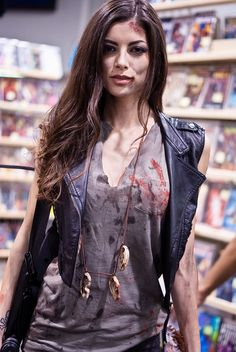 Here's an idea for a Female Daryl Dixon costume! (HOT!!)