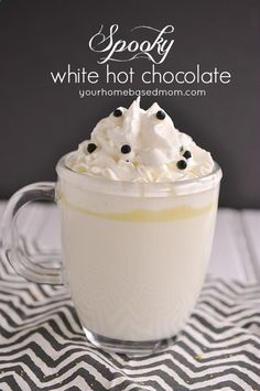 ♥ this! What I order at Starbucks during autumn/winter time | Halloween White Hot Chocolate #drinks #beverages #food