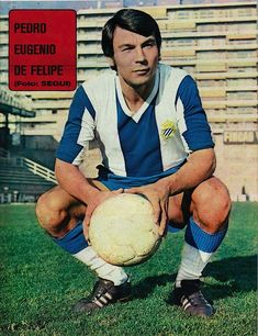 Pedro de Felipe of RCD Espanyol in Rcd Espanyol, Image Foot, Photos, 1970s, Sports, Color, Soccer, Soccer Pictures, Soccer Players