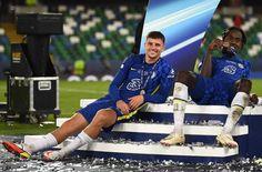 Chelsea Football, Chelsea Fc, Uefa Super Cup, Football Players, Blues, English, Money, Sport, Random