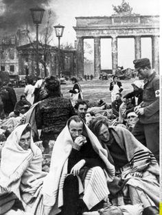 German prisoners of war at the Brandenburg Gate, April/May 1945.