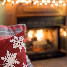 Home for the Holidays. #kkgroupies #pin #myoh #mogadore #winterinohio #christmasinohio #christmasdecorations #home #summitcounty #ohio #ohiophotography #mogadoreohio #simplejoys #simplepleasures