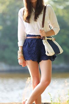 Outfits With Navy Blue Shorts