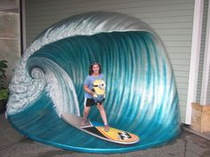 I'm surfing with Dave at Universal! Finally, I figured out how to pin.