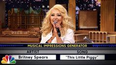 Pin for Later: Diese 10 Videos haben Deutschland 2015 zum Lachen, Weinen und Staunen gebracht Die witzigste Karaoke Wer hätte gedacht, dass Christina Aguilera Britney Spears so gut nachmachen kann?