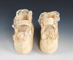 SDate: 1869 Culture: American Medium: silk, linen, leatherhoes | American | The Metropolitan Museum of Art