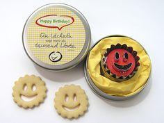"""Geschenke für Frauen - Geschenkbox """"Happy-Birthday"""" Ausstecher Förmchen"""