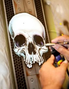 Skull Stencil, Skull Art, Air Brush Painting, Car Painting, Pinstriping, Airbrush Skull, Pinstripe Art, Airbrush Designs, Custom Airbrushing
