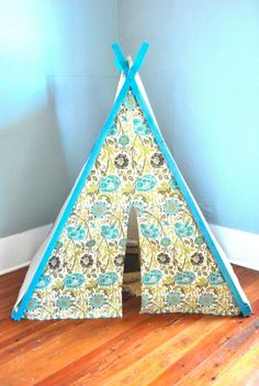 Homemade Gifts for Kids, she gives her kids only 3 gifts at Christmas because that is how many the 3 wise men gave Jesus!