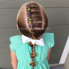 Today I did a side line of ponies, a 4-strand braid, and a bubble pony tail! Today's back-to-school essential is our @tubbytodd collection. I LOVE THEIR PRODUCTS! I use them on myself and my kids. They're made with completely natural ingredients, they smell amazing, AND they make you feel good! My very fav product is their Everyday Lotion, you have to try it!