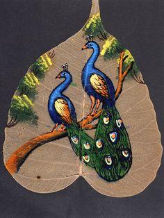 painting on peepal leaf art Iris Painting, Mural Painting, Mural Art, Silk Painting, Dry Leaf Art, Bodhi Leaf, Leaf Skeleton, Lotus Art, Leaf Illustration
