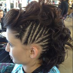 So wanted to do this while in Cancun Mohawk Updo, Mohawk Hairstyles, Braided Mohawk, Rocker Hair, Half Shaved, Cosmetology, Cut And Style, Hair And Nails, Latest Fashion