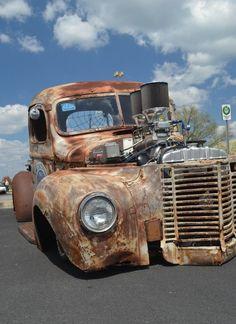 rat rod trucks and cars Rat Rod Trucks, Rat Rods, Rat Rod Pickup, Rat Rod Cars, Diesel Trucks, Dodge Trucks, Cool Trucks, Pickup Trucks, Cool Cars