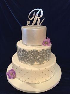 Wedding Cakes, Cake Ideas, Desserts, Cakes, Wedding Gown Cakes, Tailgate Desserts, Deserts, Cake Wedding, Postres