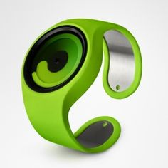 Gravity designed by Ziiiro - green  Without typical hands or markings, the Gravity watch uses two rings that resemble rotating comets to indicate the time. The fatter, inner ring marks the hours while the narrower outer ring shows the minutes.
