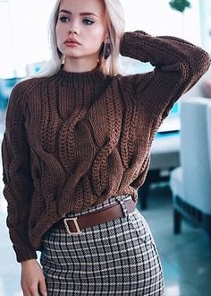 Cable knit oversized sweater chunky knitwear pullover urban look hand knit wool sweater autumn fashion casual clothing cozy sweater – Artofit Casual Sweaters, Cozy Sweaters, Sweaters For Women, Cable Sweater, Cable Knit, Winter Mode, Hand Knitted Sweaters, Crochet Fashion, Knitting Designs
