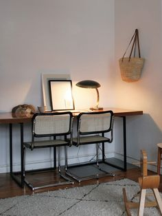 Cesca chair by Marcel Breuer, 1928 Workspace Inspiration, Home Decor Inspiration, Home Office Design, Home Office Decor, Unusual Homes, Scandinavian Furniture, Bedroom Flooring, Apartment Interior, Sustainable Architecture