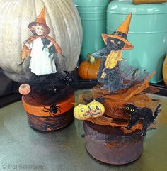 Make Your Own Vintage-Style Halloween Boxes