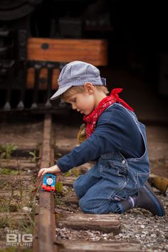 #littleboy, children's photography, trains, Thomas the Tank Engine, #cute, the BIG picture