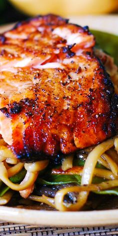 Asian Salmon and Noodles is an excellent weeknight dinner choice. Honey-soy salmon broiled to perfection and then tossed with flavorful Asian noodles with mushrooms and snow peas. Both salmon and noodles are smothered in Sriracha flavored, honey-sesame sa Asian Recipes, Beef Recipes, Chicken Recipes, Cooking Recipes, Healthy Recipes, Recipies, Grilled Cod Recipes, Chinese Shrimp Recipes, Asian Seafood Recipe