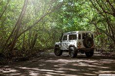 Land Rover Defender - Full Kahn Design WideBody http://ift.tt/1PGRwHx