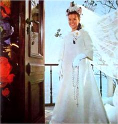 Vestido de noiva de casamento (1967) de Elis Regina foi criação de Dener que foi tbm seu padrinho de casamento.