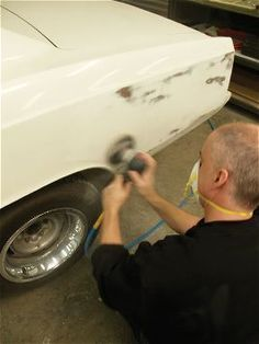 Dual Action Sander Tips - 125 Steps To Perfect Paint - Paint & Body - Hot Rod Network Auto Body Repair, Car Repair, Vehicle Repair, Dual Action Sander, Auto Body Work, Classic Car Restoration, Car Fix, Damaged Cars, Car Painting