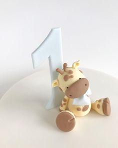 Baby Shower Giraffe, Cute Giraffe, Barnyard Cake, Giraffe Cakes, Sugar Cake, Baby Shower Cupcakes, Fondant Figures, Marzipan, Cake Ideas