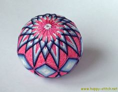 Two temari balls with kiku pattern | Happy Stitch
