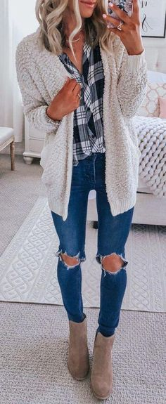 7a13c2002 50 Fall Outfit Ideas To Get Inspire By - MyFavOutfits Love the sweater,  boots and blouse. Would not wear the ripped jeans.
