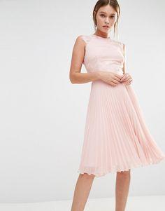 Elise+Ryan+Pleated+Midi+Dress+With+Eyelash+Lace+Sleeves