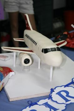 I made this Airplane Cake for my son's birthday. Airplane Birthday Cakes, Birthday Fun, Airplane Cakes, Birthday Ideas, Planes Cake, Planes Party, Bike Cakes, Torte Cake, Sculpted Cakes