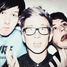 Tyler, Dan, and Phil in one picture? THIS PICTURE IS HEAVEN.