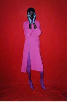 Lotta Volkova e Harley Weir hanno realizzato un editoriale dedicato a Balenciaga La stylist rende omaggio su Double Magazine alla Maison francese   Image 7