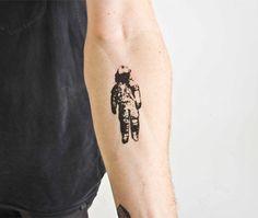Astronaut - temporary tattoo (Set of 2). $7.00, via Etsy.