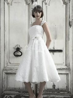 Custom Made High Quality A Line Modern Elegant Tea Length Sheer Back Bridal Gown Lace Wedding Dress New Fashion 2012 2013-in Wedding Dresses from Apparel & Accessories on Aliexpress.com $214.99