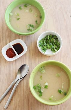 Easy Homemade Miso Soup - A BEAUTIFUL MESS