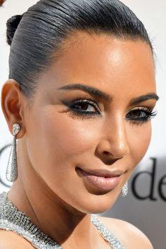 New post on flawlassglam Kim Kardashian Latest Pics, Kardashian Family, Kardashian Style, Kardashian Jenner, Glam Makeup, Bridal Makeup, Sleek Hairstyles, Wedding Hairstyles, Kylie Jenner