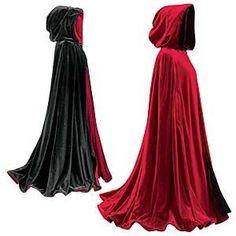 Hullunahan mua piettäs, mut ois aivan ihanaa käyttää viittoja!   I think everybody thinks I am crazy, but i would love to wear capes, like in history they have...