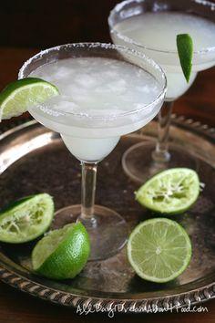 Low Carb Margaritas - perfect for Cinco de Mayo!