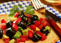 Tortilla Toasts with Avo-Olive Salsa (Diabetic Version) - California Ripe Olives