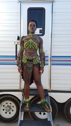 Nakia- Black Panther, played by Lupita Nyong'o - she's awesome Black Panthers, Marvel Dc, Disney Marvel, Marvel Comics, African Beauty, African Women, Black Women Art, Black Girls, Black Panther Costume
