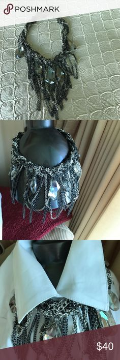BCBG Statement Necklace... Great condition, make an offer;) BCBG Jewelry Necklaces