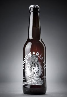 The design picks up on the the brewery's rebellious nature and is a homage to east coast streetart and artists such as Rebel 8. Hand drawn in-house at Redthumb, the label reflects Brouwerij het IJ's reputation for producing beers full of character and tongue-in-cheek attitude. An instant cult classic. Beer Packaging, Brand Packaging, Packaging Design, Beer Brewing, Home Brewing, Ipa, Bourbon, Beers Of The World, Beer Recipes