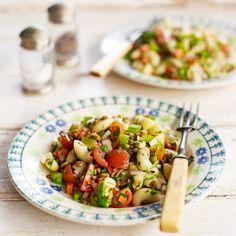 Pasta-linzensalade Salad Recipes, Vegan Recipes, Jamie Oliver, Kung Pao Chicken, Easy Peasy, Potato Salad, Cooking, Ethnic Recipes, Food