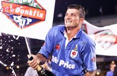 Joost van der Westhuizen celebrates winning the 1998 Currie Cup with the Blue Bulls. Super Rugby, World Rugby, Rugby Players, African History, Persona, South Africa, Polo Ralph Lauren, Van, Celebs