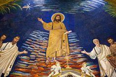 Il mosaico dell'abside, risalente al 530, rappresenta l'ingresso dei due santi fra i Beati  Italiano: Roma: Mosaico absidale nella chiesa dei Santi Cosma e Damiano (527/530, ma con ampi restauri successivi). All'estrema sinistra, papa Felice IV.