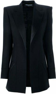 This is not helping my blazer obsession. Balmain Oversize Boxy Blazer in Black is a piece that can be worn day or night, for innumerable occasions. Mode Style, Style Me, Black Blazers, Long Black Blazer, Long Blazer Jacket, Blazer Jeans, Fashion Outfits, Womens Fashion, Blazer Fashion