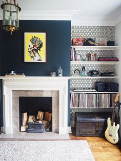 How to design a shared home office. Husband wife o Navy Living Rooms, New Living Room, Dark Blue Living Room, Dark Blue Lounge, Small Living, Blue Feature Wall Living Room, Living Area, Dark Blue Walls, Navy Walls
